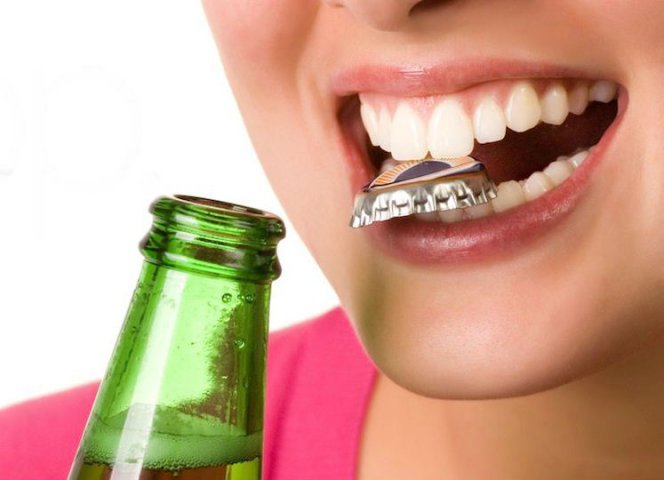 1431441896_razrushenie-emali-zubov2[1]
